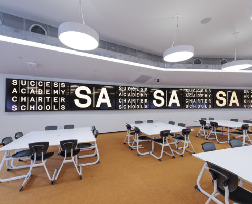 """1×7 80"""" LED video wall, video conferencing with multiple cameras, speakers and microphones."""