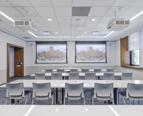 Higher Education audiovisual solutions. Dual Projection